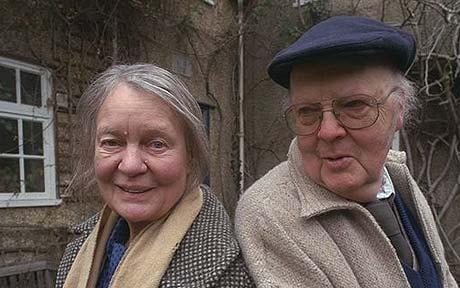אייריס וג'ון בתצלום משותף