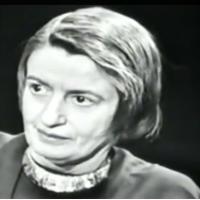 איין ראנד: האישה ששיבחה את האנוכיות והתפעלה מרוצח אכזרי