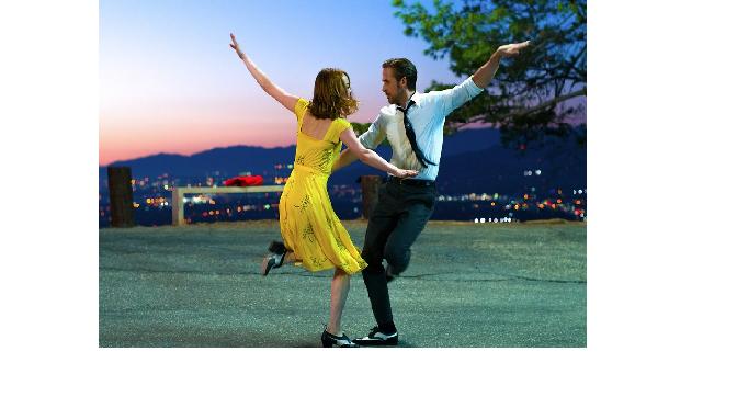 """דמיאן שאזל, """"לה לה לנד"""": האם הוליווד מנותקת?"""